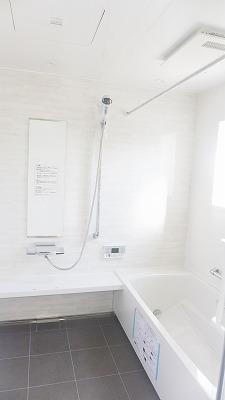 唐津市のT様邸 浴室施工状況
