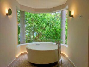 間接照明を利用した浴室