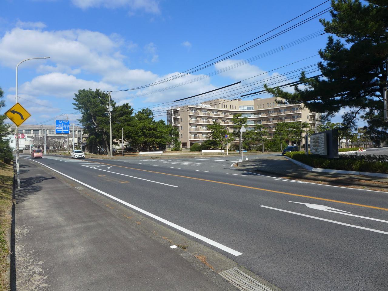 唐津シーサイドホテルの角(ロイヤルホテル前)